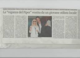 2013 - LA GAZZETTA DEL SUD - Mario Costantino Triolo dona una giacca alla star Patty Pravo