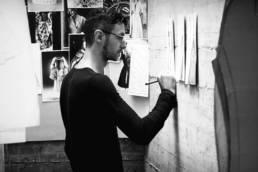 Mario Costantino Triolo disegna abiti da indossare ai tempi del coronavirus